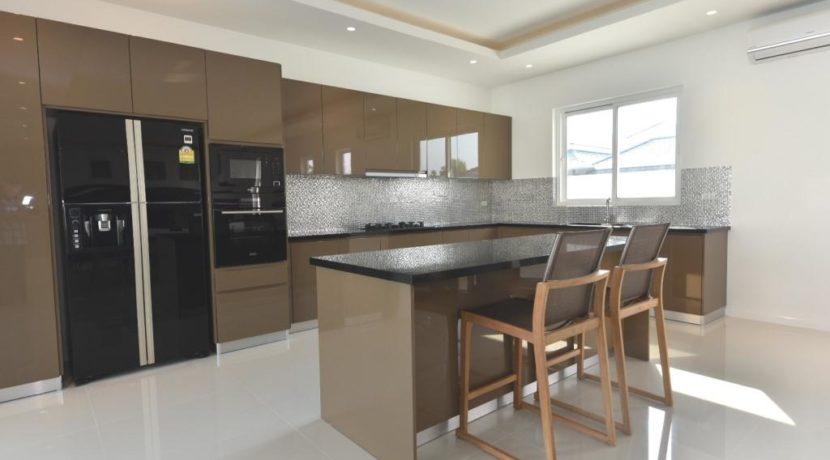 25 Convenient kitchen counter