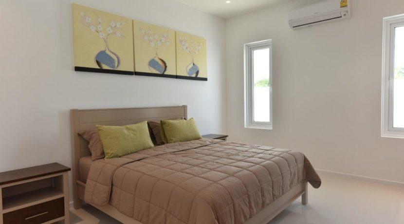40 Large bedroom 2 1