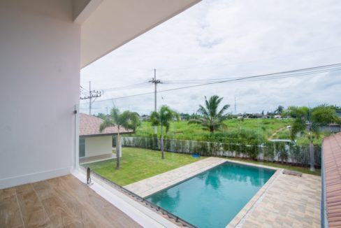 51 Upper house pool view