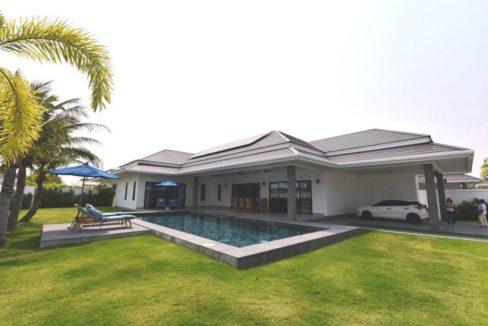01 Three Bedroom luxury pool villa