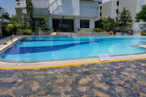 03B Swimming pool