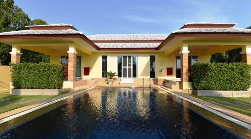 04A Villa facade view