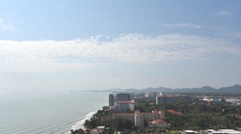15 Ocean skyline and mountain views