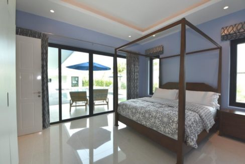 32 Master bedroom access to garden pool area
