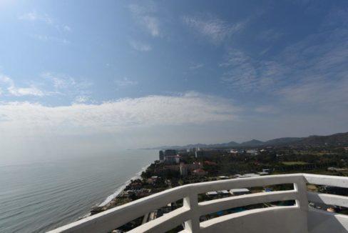 33 Bedroom balcony