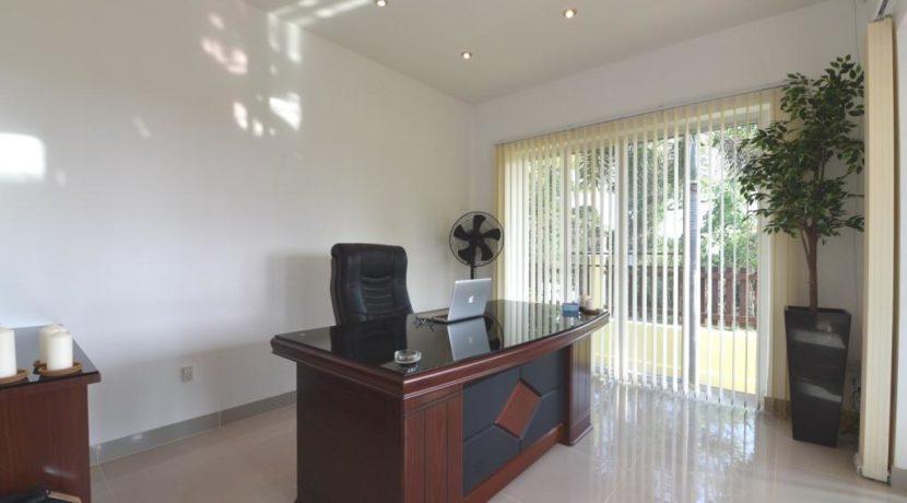 50 Bedroom 3 Office room
