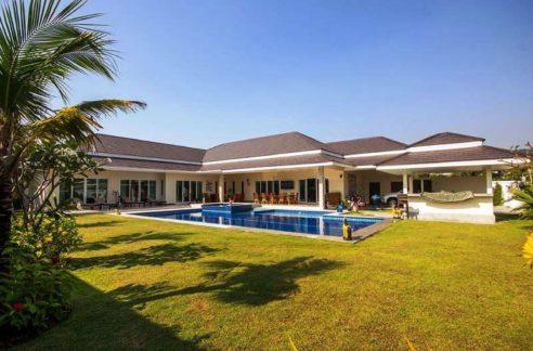 01 Exceptional 5 bedroom pool villa