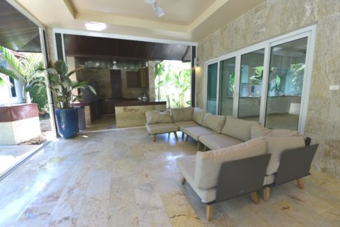 71 Large covered patio for outdoor living