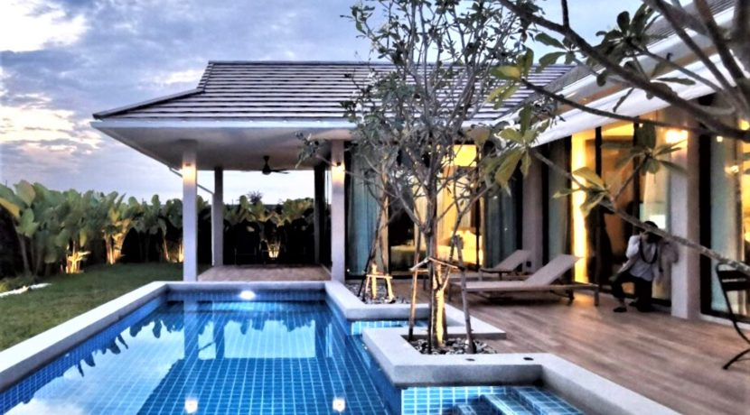02 Villa with great outdoor living area