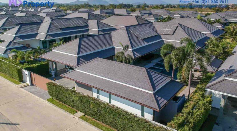 01B Luxury pool villa