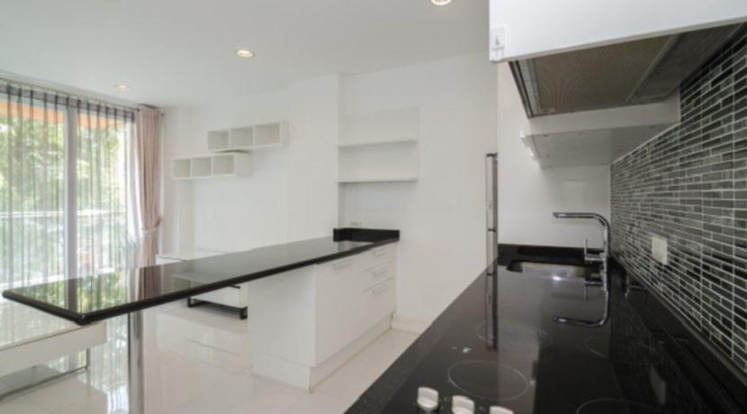 20 Modern Eu style kitchen