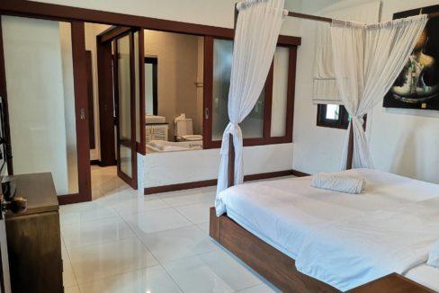 30 Spacious master bedroom 6
