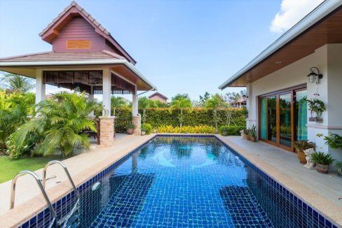 03 Large 9x35 meter swimming pool