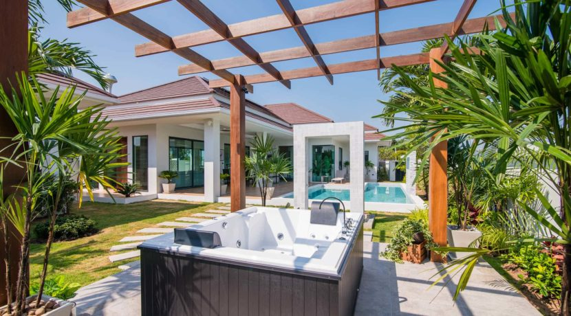 05 BLH Showhouse