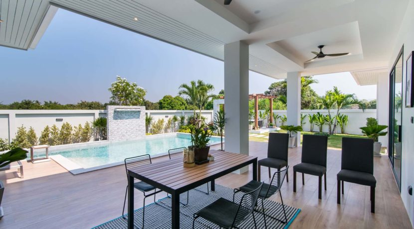 08 BLH Showhouse