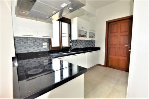 20 Fully fitted European style kitchen