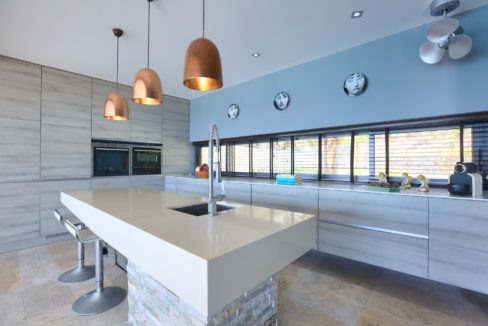 26 Fully fitted EU-style modern kitchen