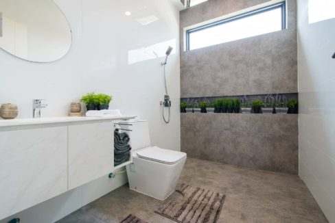 45 BLH Showhouse