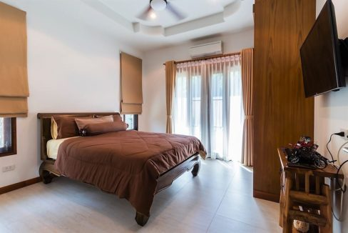 50 Large bedroom 3 1
