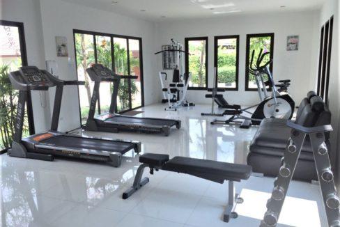 90 Communal fitness room