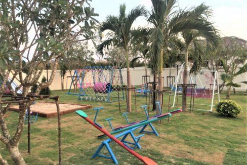 91 Communal kids playground
