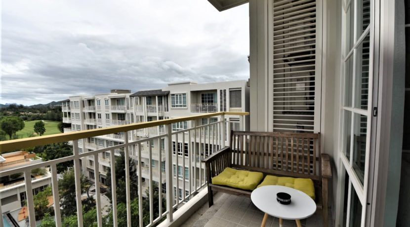15 Large balcony with ocean golf and pool views