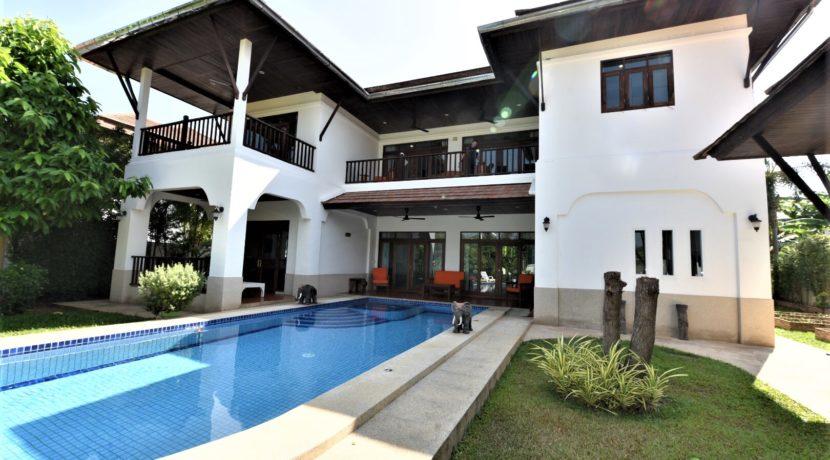 01 Well designed pool villa in Khao Tao