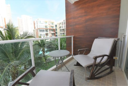 15 Furnished balcony with pool view