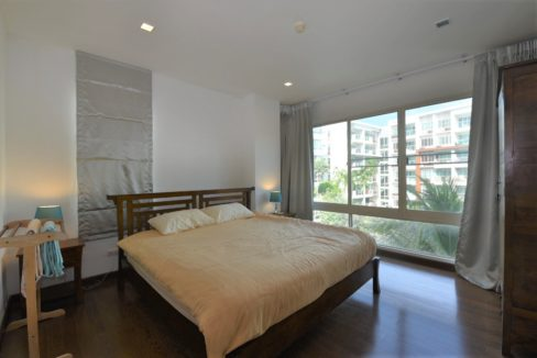 30 Spacious master bedroom 4
