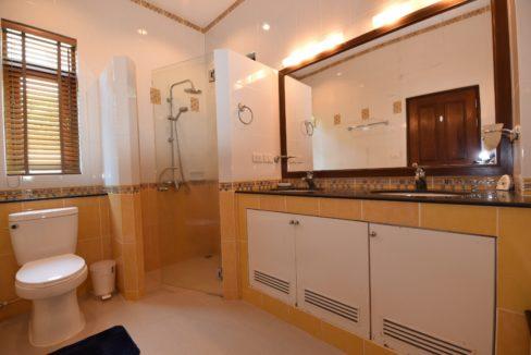 32 Ensuite master bathroom