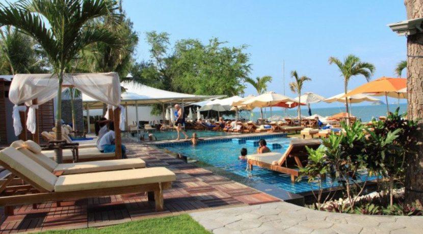 91 Sanae Beach Club Khao Tao