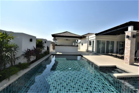 02 Brand new Villa for Rent at Orchid Paradise