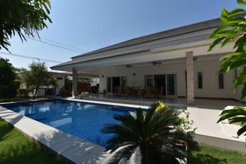 02 Palm Villas luxury pool villa