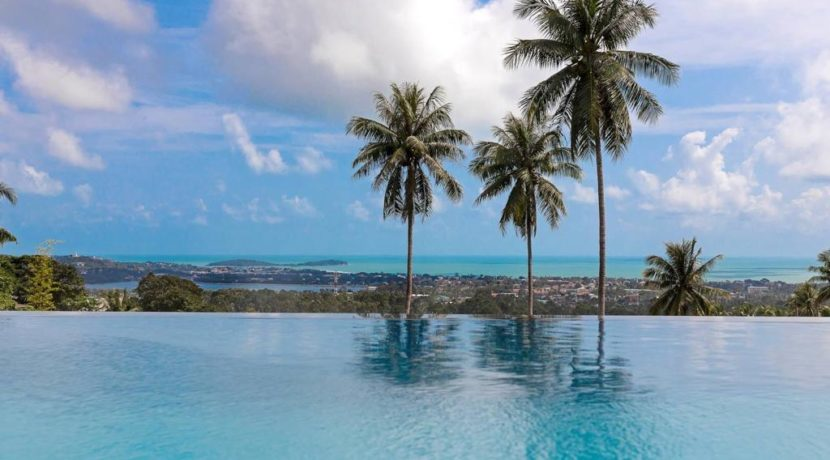 14 infinity pool with seaview