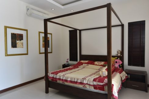 30 Spacious master bedroom 4