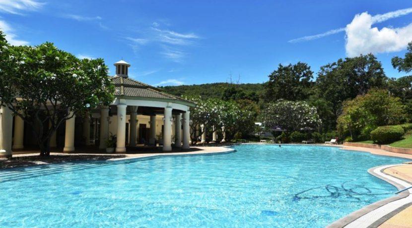 93 Palm Hills Sports Club swimming pool