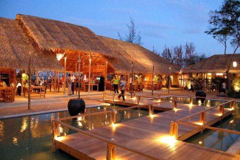 98 Chomtalay beach restaurant 2