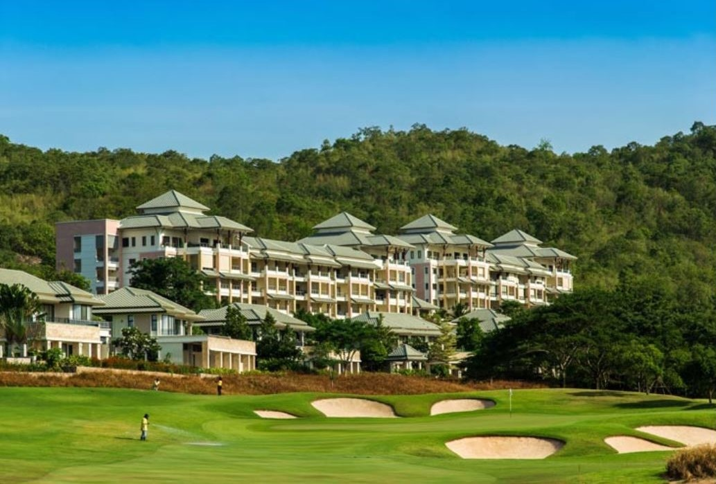 Golf Condo in Hua Hin at Black Mountain with Stunning View