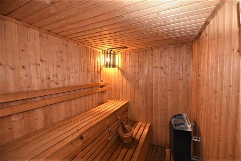 86 Sauna room
