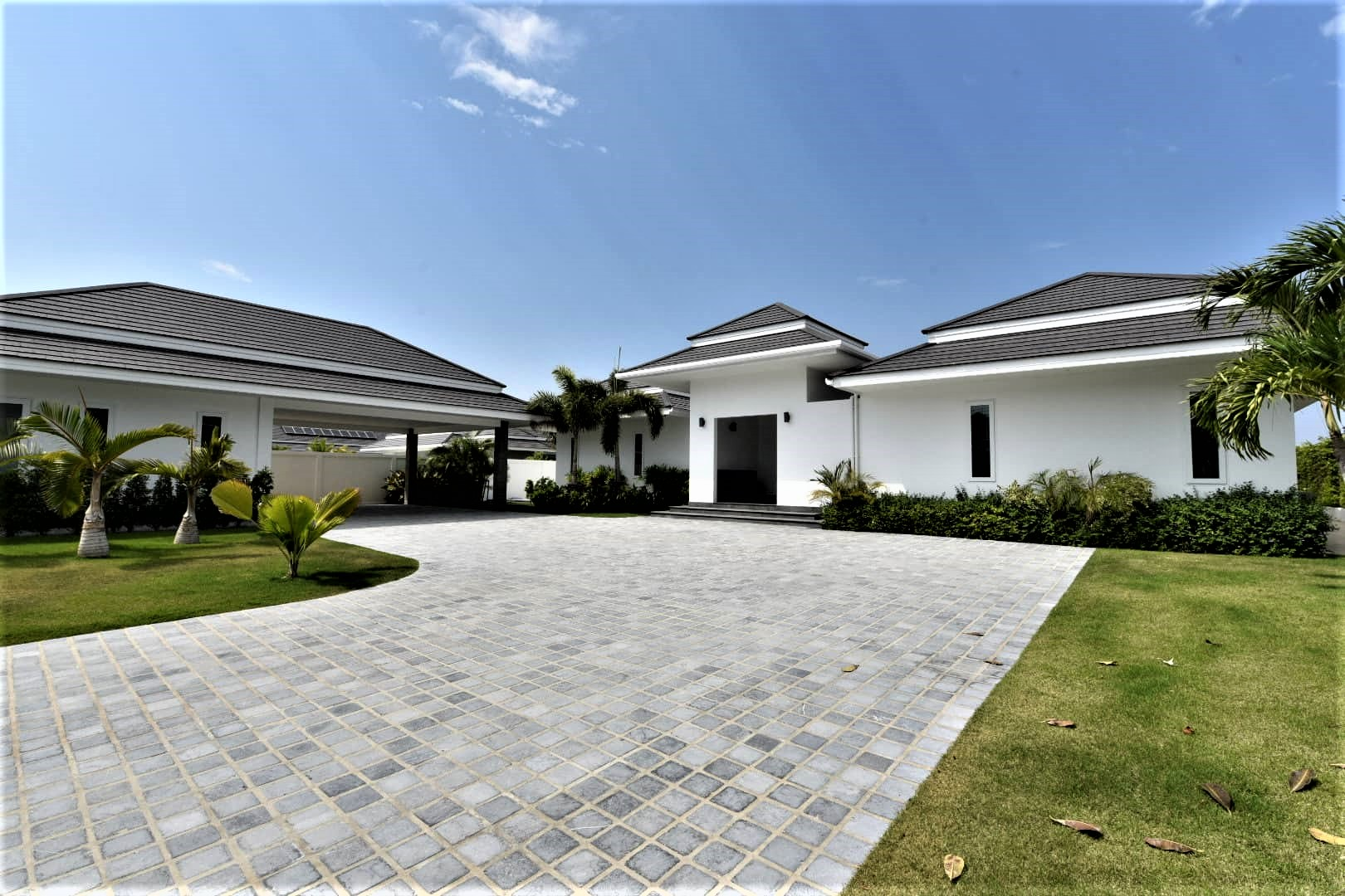 Exceptional Villa in Hua Hin near Palm Hills Golf Resort