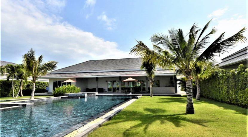 04 Garden facade view