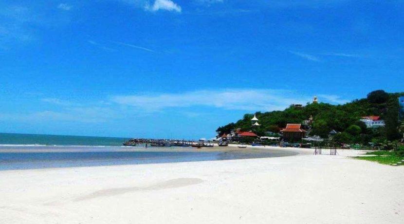 98 Sam Roi Yot beach