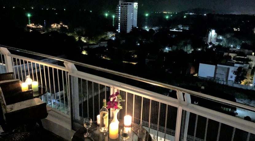 18 Balcony at night