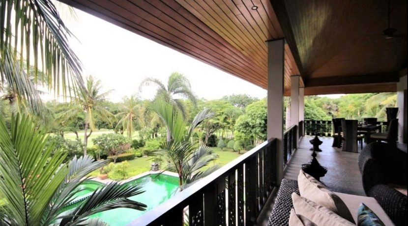 61 Large balcony with garden and pool view