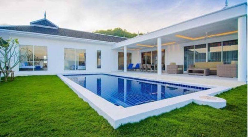 00 Superb luxury pool villa