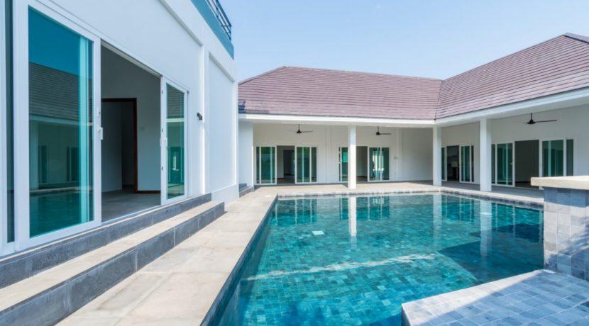 01B Heights2 pool villa