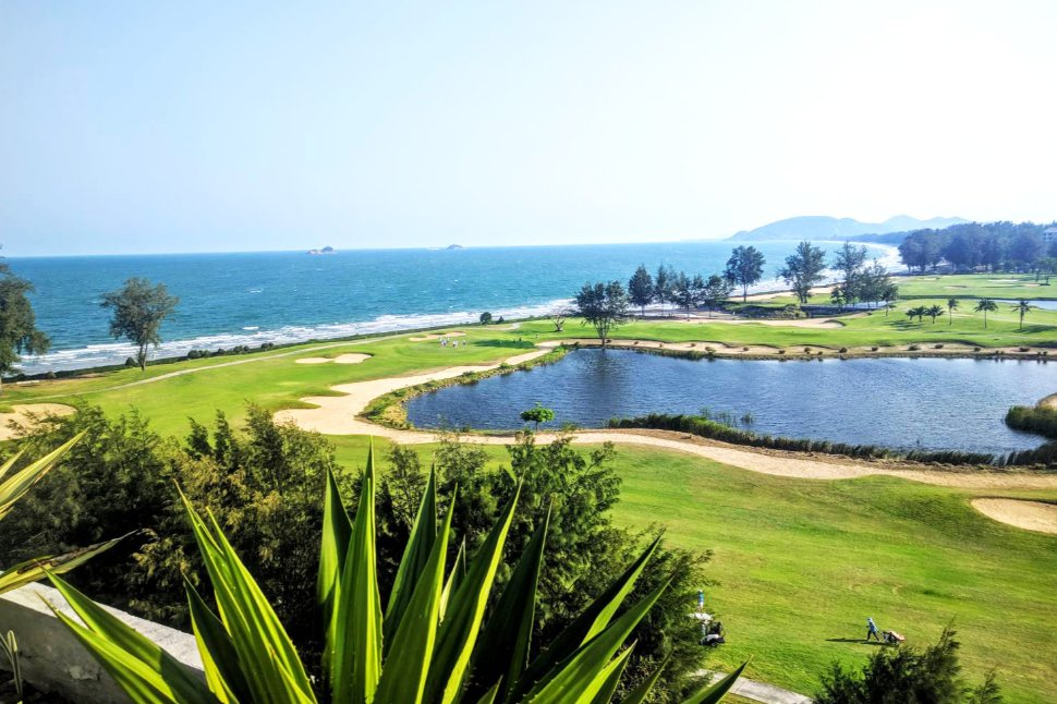 Beach Condo in Hua Hin with Stunning Sea & Golf View