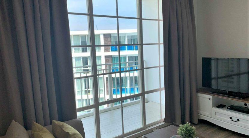 13 Balcony access