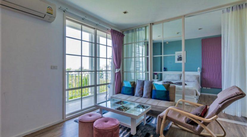 13 Living-dining room