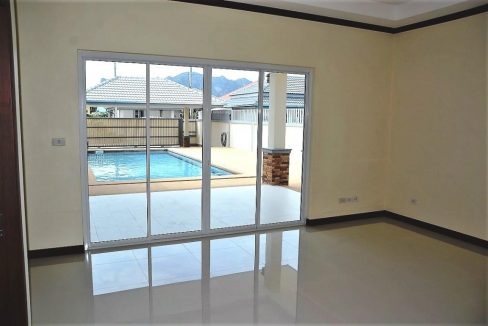 31 Exit to patio and pool